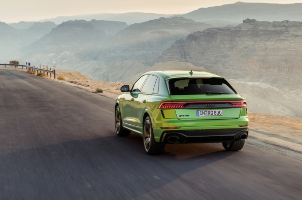 Audi RS Q8 Performance SUV Debuts at LA Auto Show