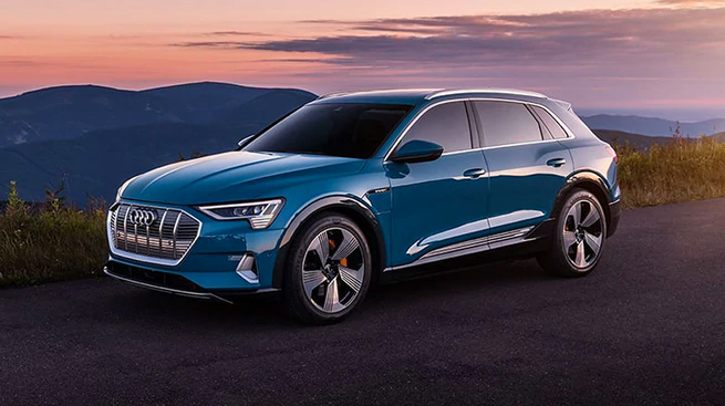 Revolutionary 2021 Audi e-tron Electric SUV Available in Bay City, MI